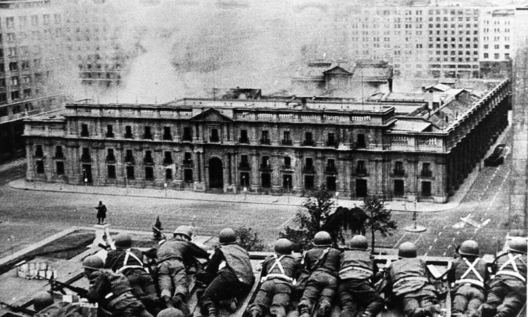 Il-bombardamento-del-Palacio-de-La-Moneda-1000x600
